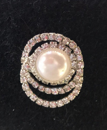 Showgirl Bling Pearl Brooch