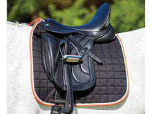 Load image into Gallery viewer, WEATHERBEETA THERAPY-TEC DRESSAGE SADDLE PAD