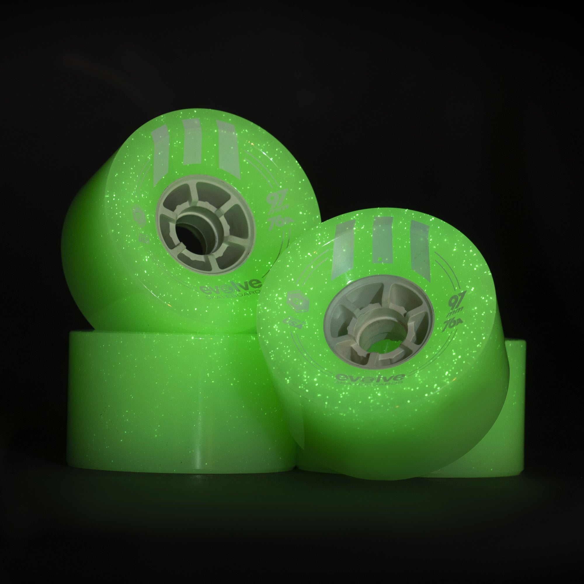 97mm-evolve-gtr-wheels-75a-glow-in-the-dark-32t-gear