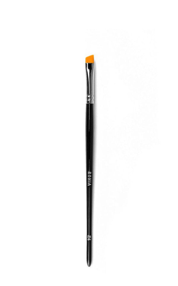 E4: Slanted Eyeliner Brush