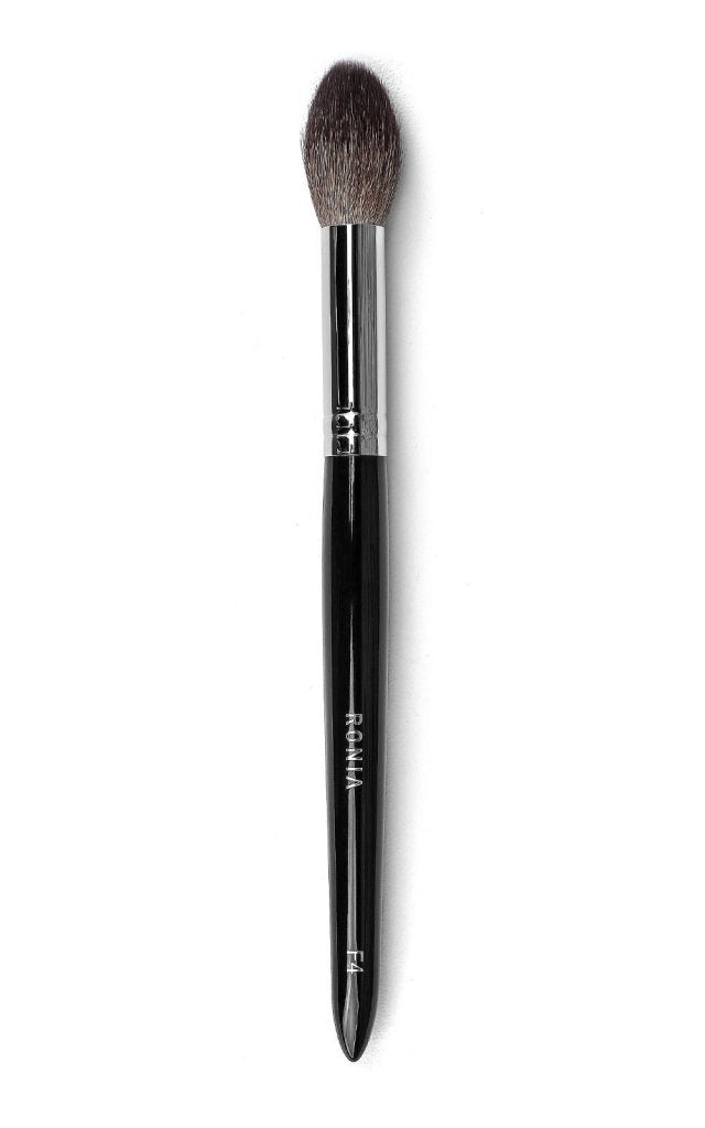 F4: Blush and Contouring Brush
