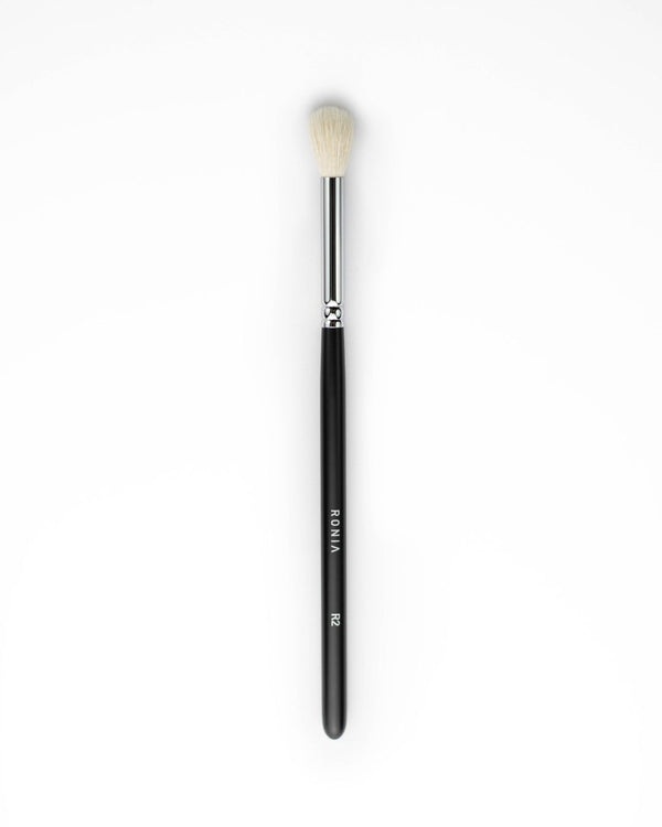 R2: Blending eye shadow brush