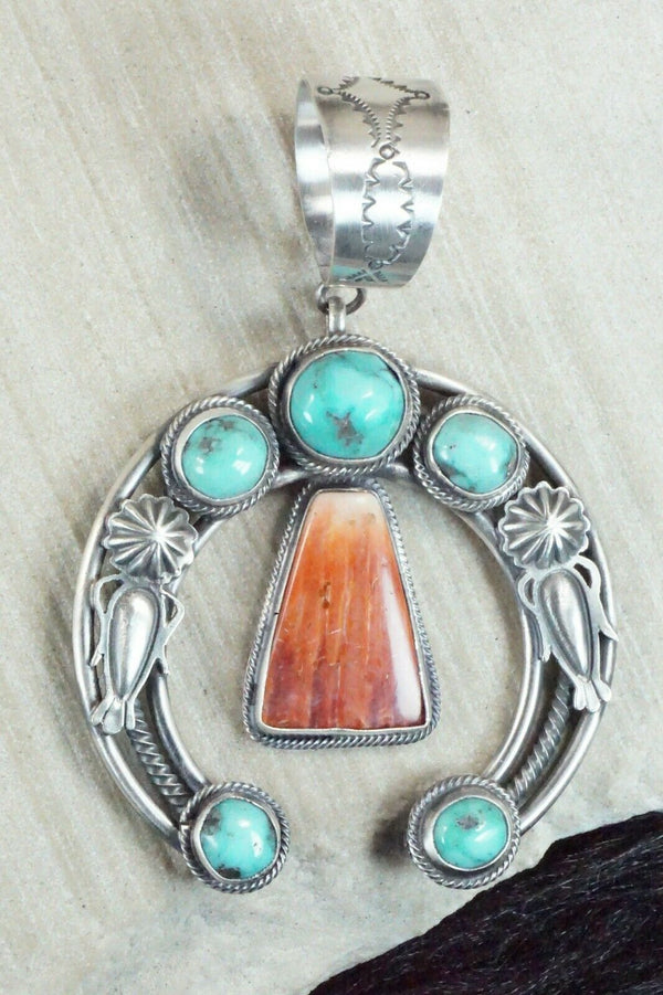 Turquoise, Spiny Oyster & Sterling Silver Naja Pendant - Raymond Delgarito