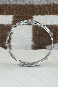 Spiny Oyster & Sterling Silver Bangle Cuff - Tim Yazzie