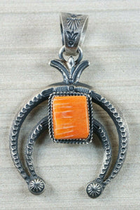 Navajo Spiny Oyster and Sterling Silver Pendant - Eva & Linberg Billah - High Lonesome Trading