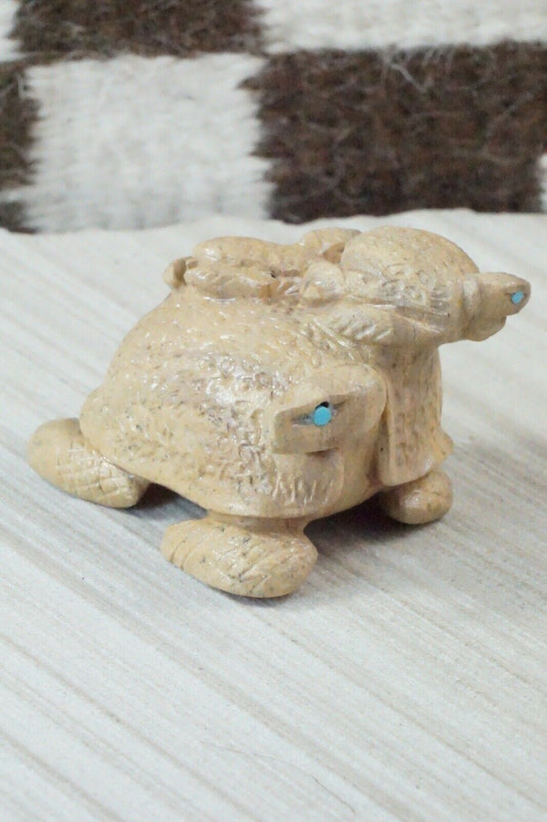 Turtle Zuni Fetish Carving - Michelle Cheama