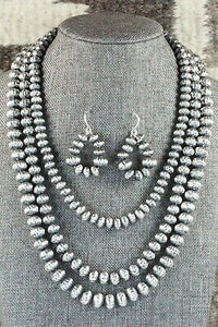 Sterling Silver Navajo Pearl Necklace & Earrings - Tonisha Haley