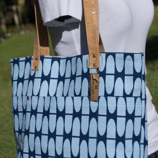 Cork Handle Tote Blue Half Life