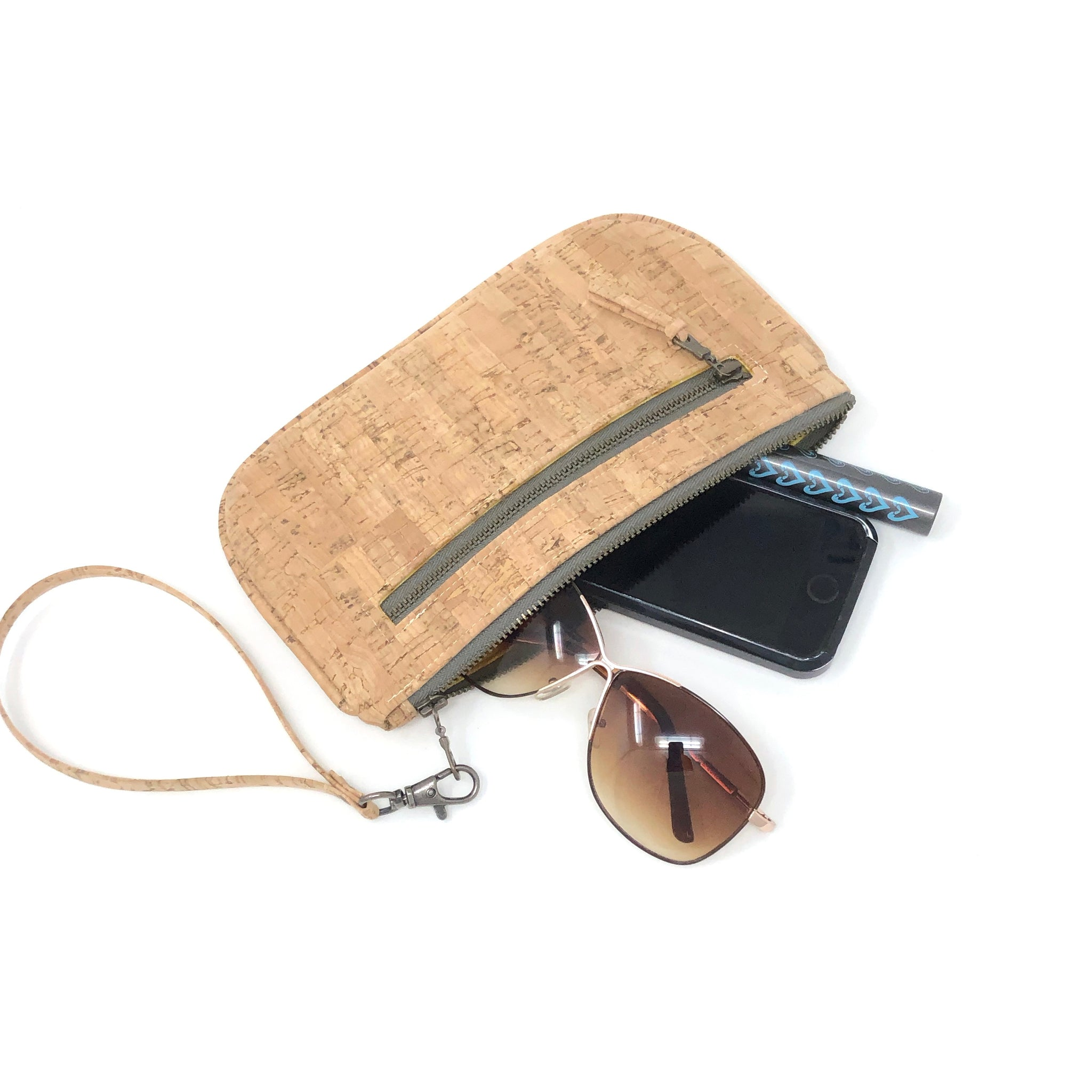 Essential Clutch Sustainable Cork