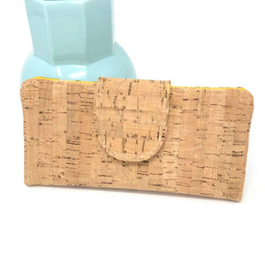 Organizer Wallet Sustainable Cork