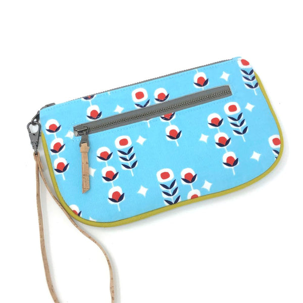 Essential Clutch Blue Dulcet