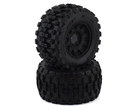 "Pro-Line Badlands MX38 HP Belted 3.8"" Pre-Mounted Truck Tires (2) (Black) (M2) w/Raid Wheels (PRO1016610)"