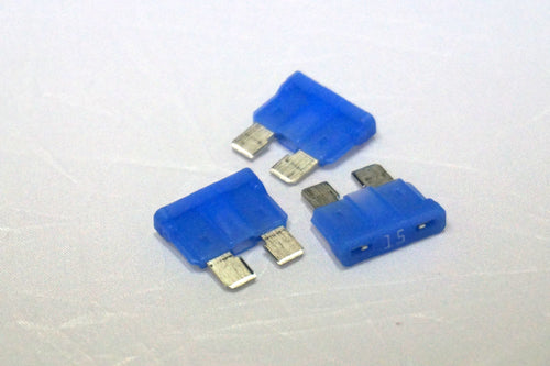 32V 15A Fast-Acting Automotive Blade Fuse - Single