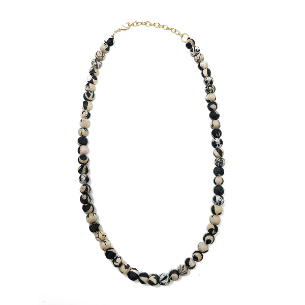 Kantha Chromatic Necklace - Black/White