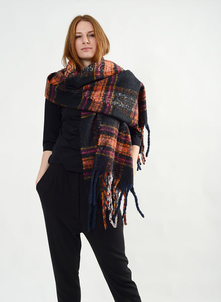 Plaid Fringe Scarf - Black / Orange