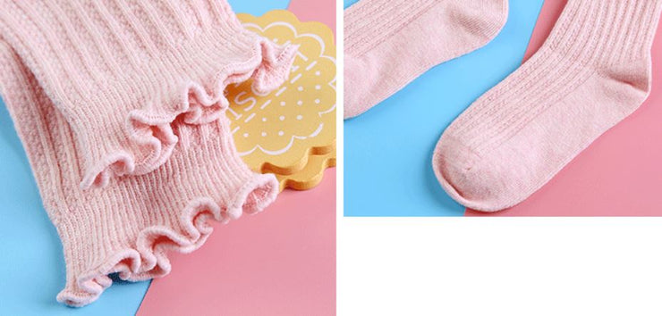 Ruffled Trim Cotton Socks
