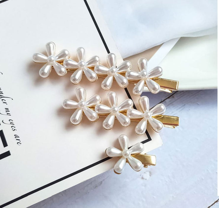 Flower White Pearl Hairpin Set