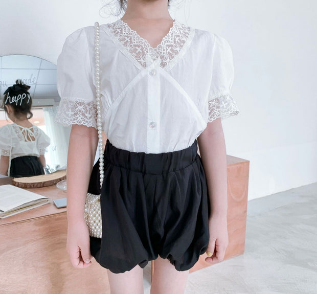 V Neck Lace Blouse with Shorts