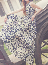 Load image into Gallery viewer, Round Neck  Elastic Waist  Printed Maxi Dress
