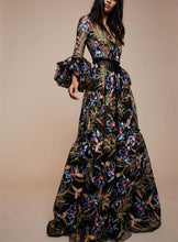 Load image into Gallery viewer, Sexy V-Collar Print Long-Sleeved Maxi Dress
