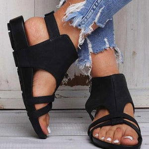 Fashion Hollow Plain Flat Buckle Sandal