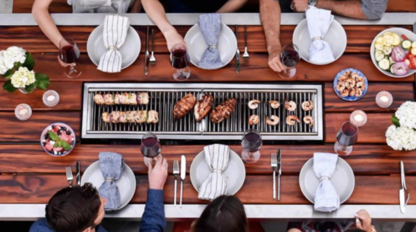 Aerial view of the 6-seater Angara grill table