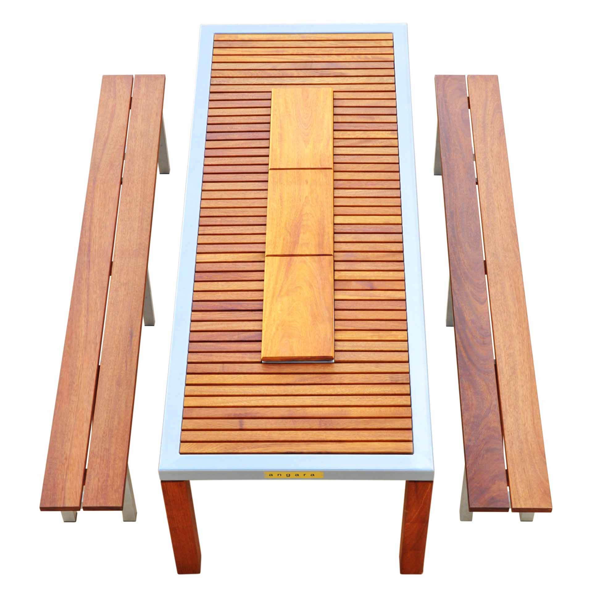 Angara Maximus grill table with wood coverings on grill sections