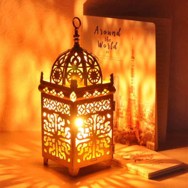 Moroccan Style Metal Craft Candlestick Hanging Lantern Wedding Decoration Retro Chandelier Candlestick Tea Lamp Home Decoration