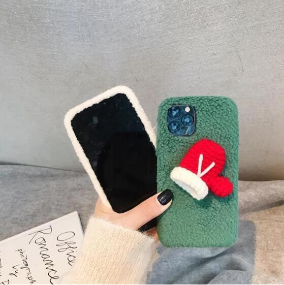 Christmas gloves phone case(iPhone)