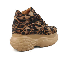 Load image into Gallery viewer, Leopard Print Platform Sneakers