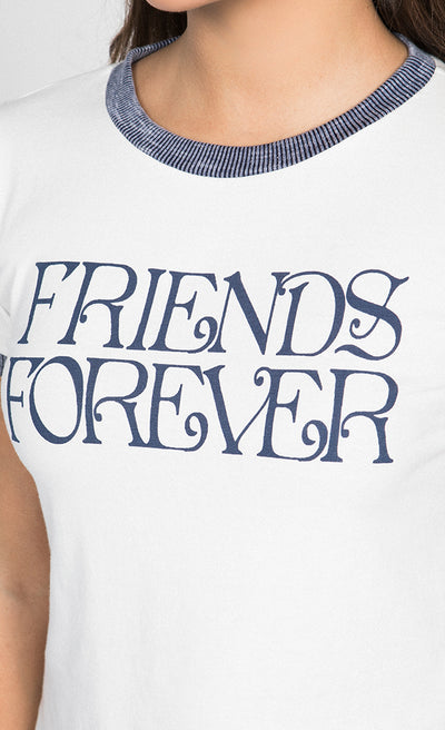 FRIENDS FOREVER GRAPHIC CROP TOP