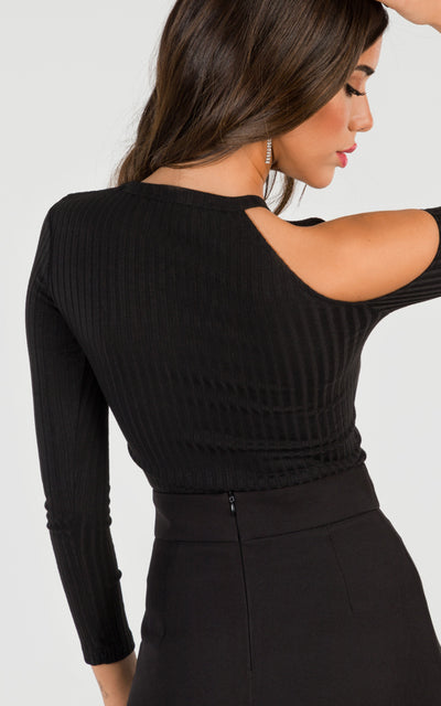 ONE-SHOULDER CUTOUT STRETCH-KNIT TOP