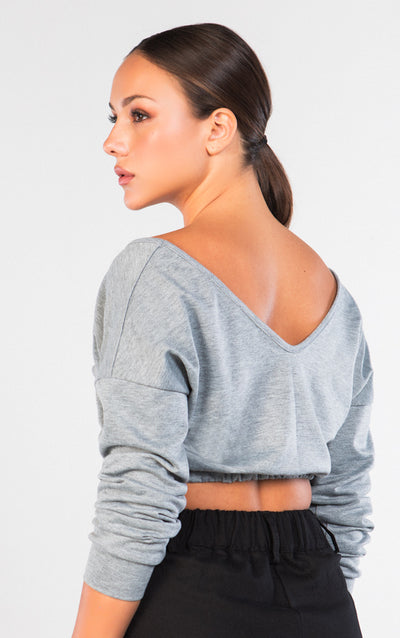 V-NECK LONG SLEEVE CROPPED SWEATER