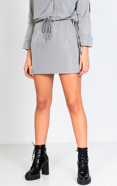 SIDE STRIPE WINDBREAKER SKIRT