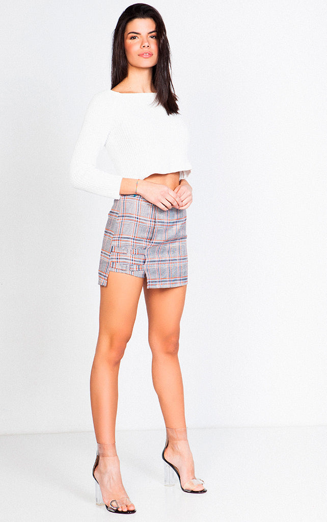 HIGH WAISTED PLAID SKIRT WITH BUCKLE DETAIL