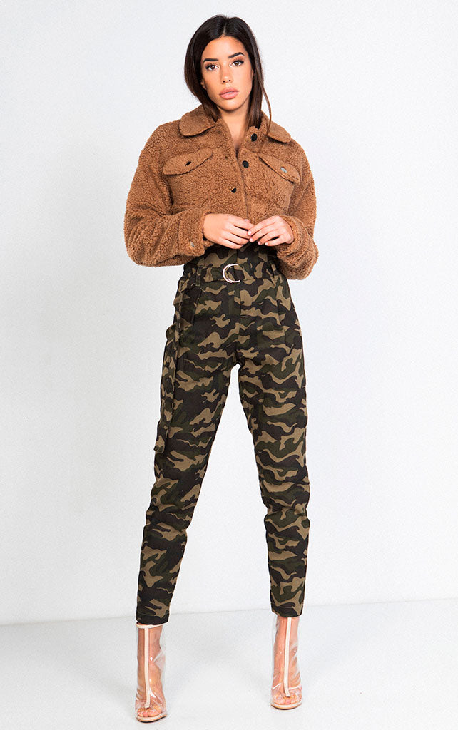 HIGH RISE CAMO PRINT WITH BELT CARGO PANT
