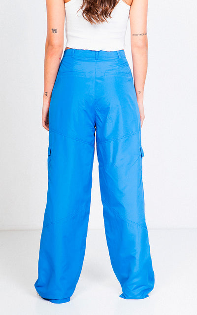 HIGH WAISTED FLARED CARGO PANTS
