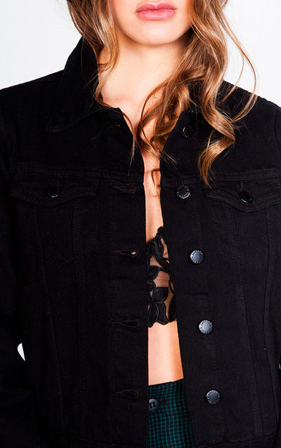 BASIC  BUTTON-FRONT CROP DENIM JACKET