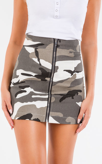 FRONT ZIP CAMOUFLAGE  SKIRT