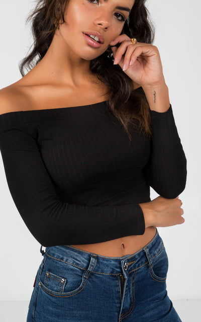 LONG SLEEVE OFF-THE-SHOULDER CROP TOP