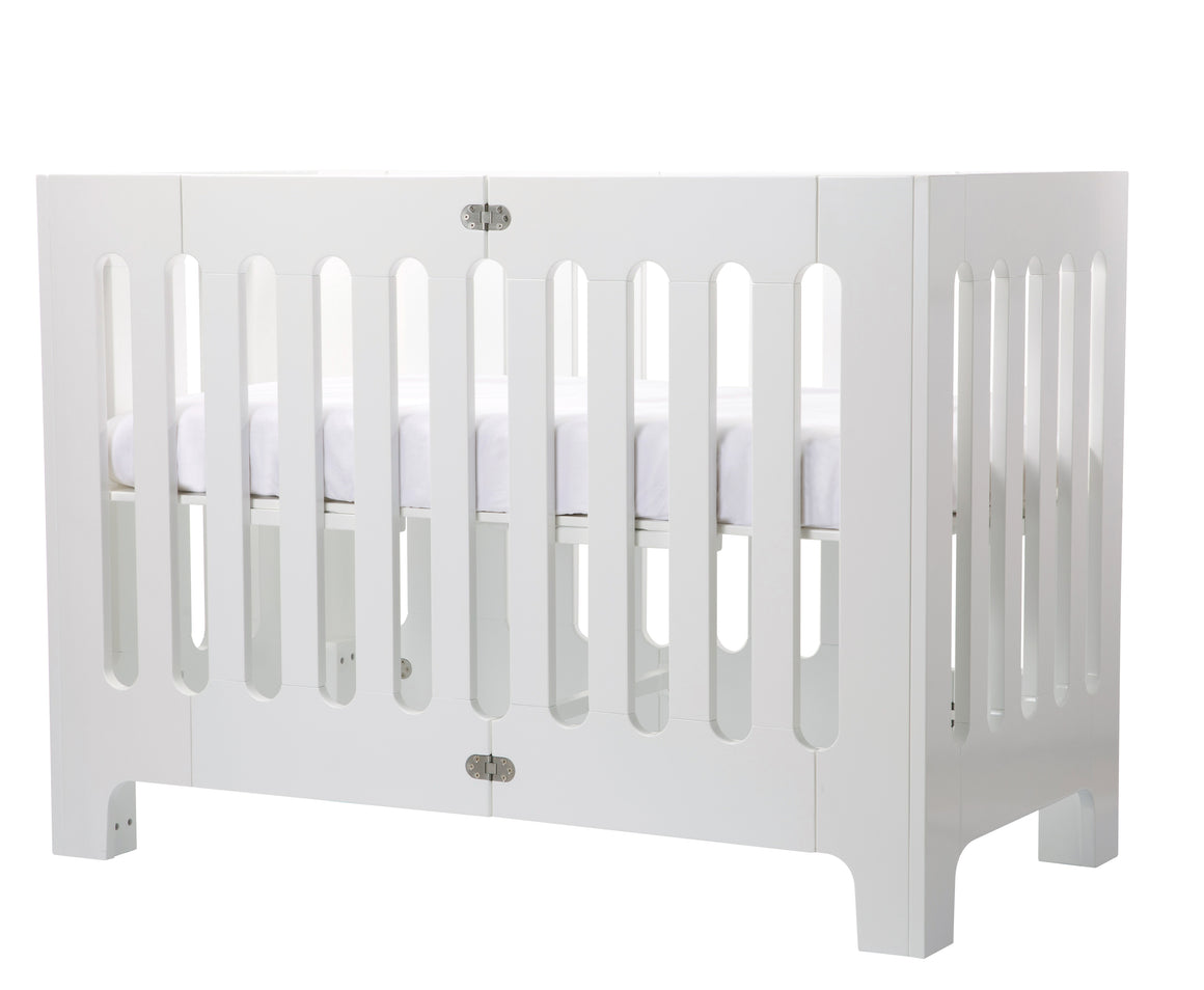 Alma Papa Coconut White (excluding mattress) (box 1 of 2)