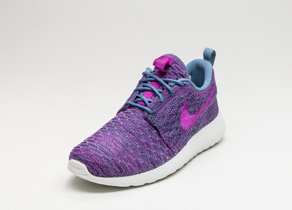 competitive price 1bd21 e8d1e Nike Roshe One FlyKnit