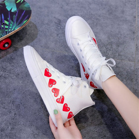 Casual women's heart-shaped pattern canvas shoes