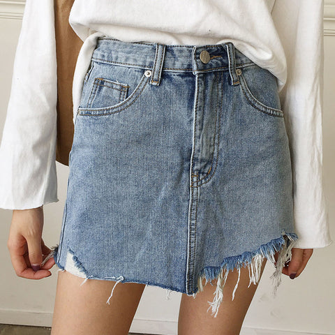 Lady's hole denim irregular denim shorts