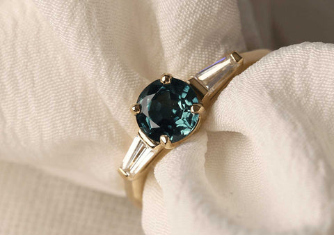 Jessica ethical sapphire recycled gold engagement ring made by EC One in London