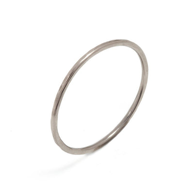 Skinny White Gold Beat Ring