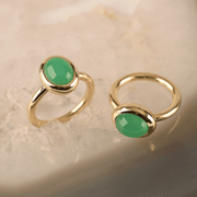 EC One recycled Gold North-South Chrysoprase Ring