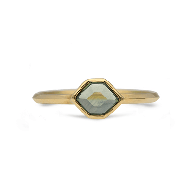 ELLIE AIR x EC ONE - Meteor Green Sapphire Ring 18ct Yellow Gold