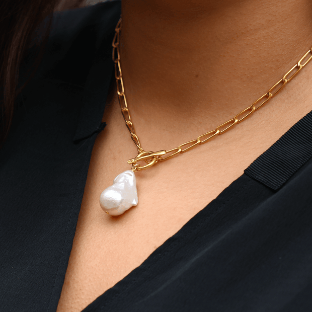 White Baroque Pearl Gold T-Bar Necklace