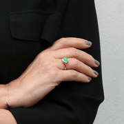 EC One recycled Gold East-West Chrysoprase Ring